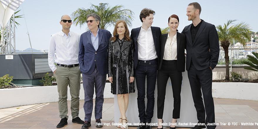 louderthanbombs-photocall-cannes2015-01