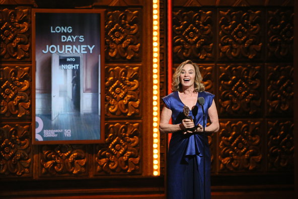 jessica-lange-tony-awards-2016
