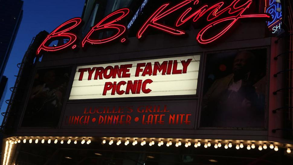 tyrone-family-picic-playbill-20160429
