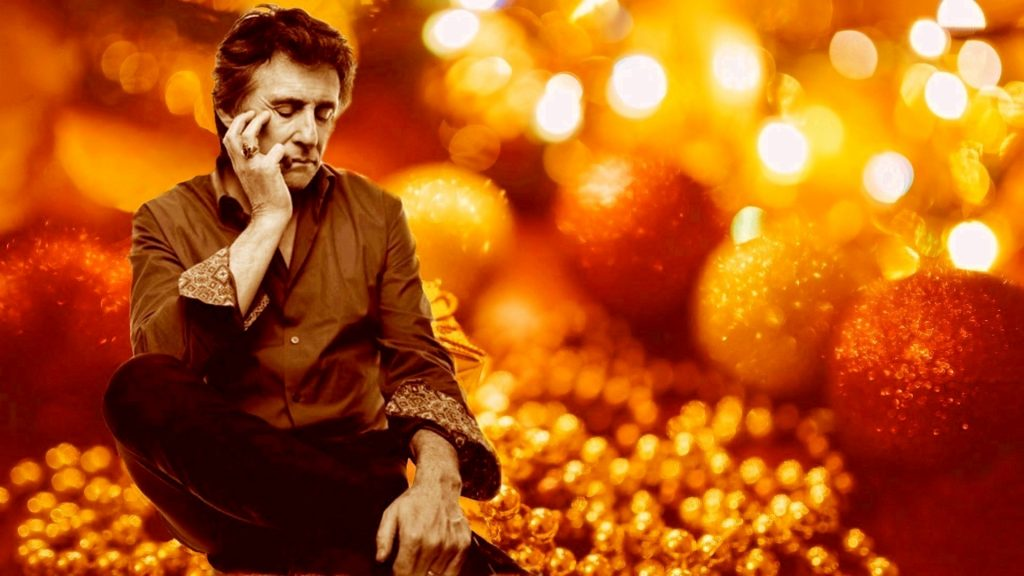 Bright Ornaments Gabriel Byrne Holiday Wallpaper